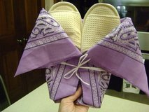 New Ladies' Spa Slippers Size 6-7 in Houston, Texas